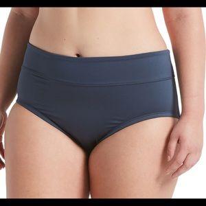 Nike Women's Plus Size Full Bikini Bottom (a01)
